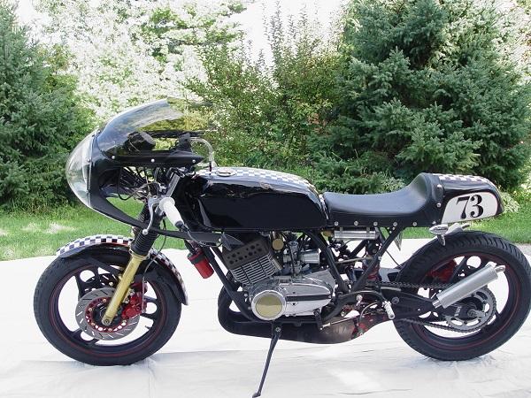 RD350-Cafe-Racer-19