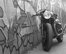 Moto-Guzzi-Cafe-Racer- void