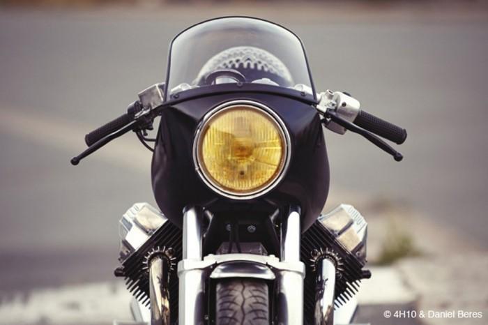 Moto Guzzi Scrambler Midnight Phoenix 1
