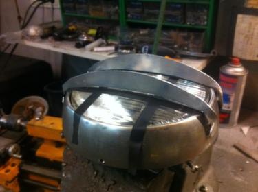 cafe_racer_headlight_grill_mod_5