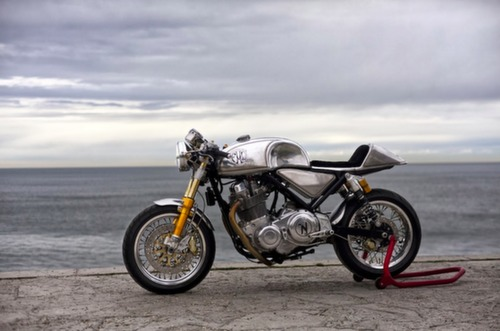 Norton Commando Cafe Racer 961 Metal Slug 2