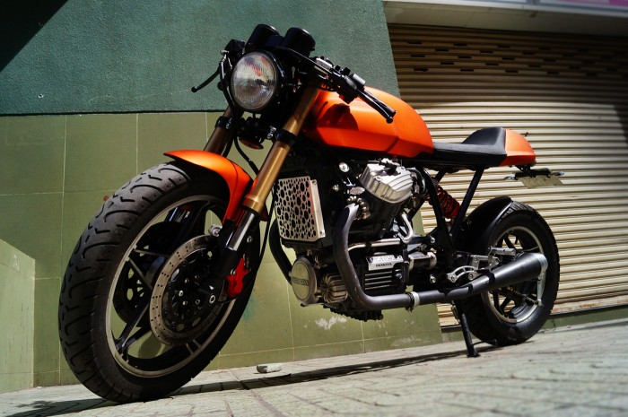 Honad CX650 Cafe Racer
