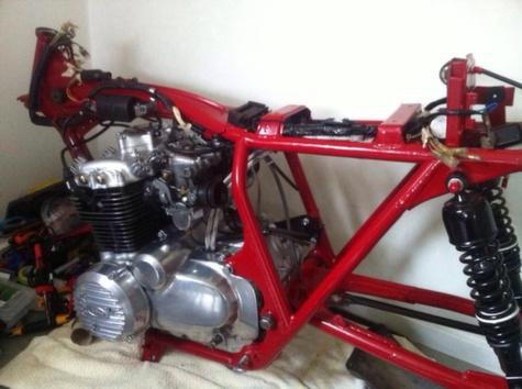 Honda CB350 Cafe Racer 7