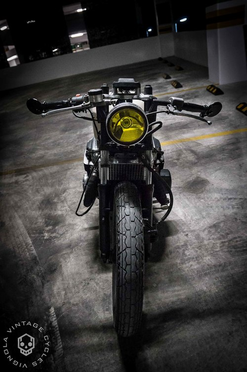 Honda CB750 Brat 3