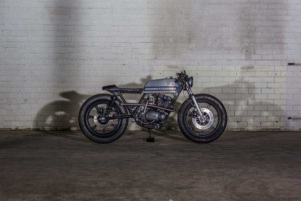 Yamaha XS500 Cafe Racer  4